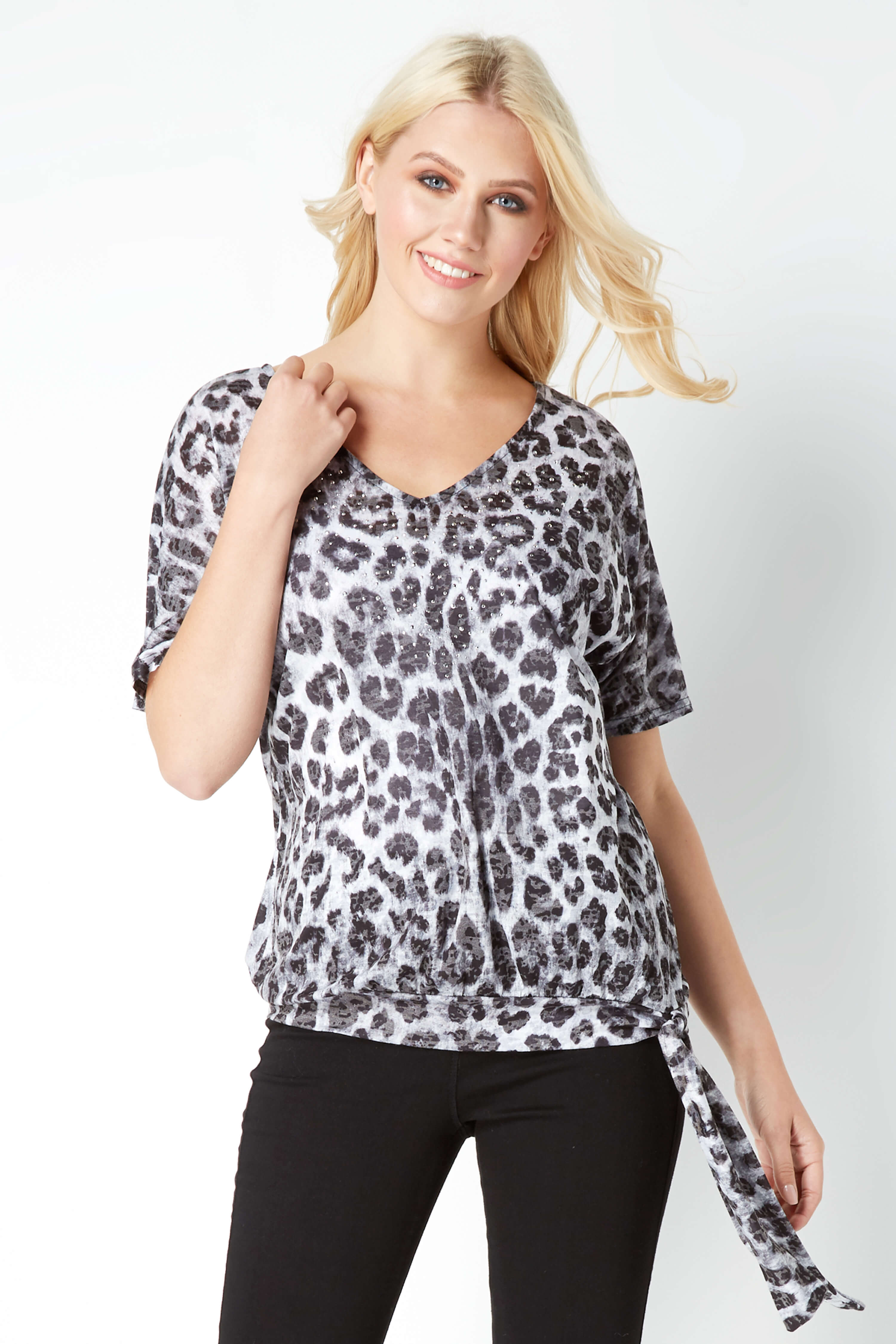 Roman Originals Women/'s Animal Print V-Neck Jersey Top Grey Sizes 10-20