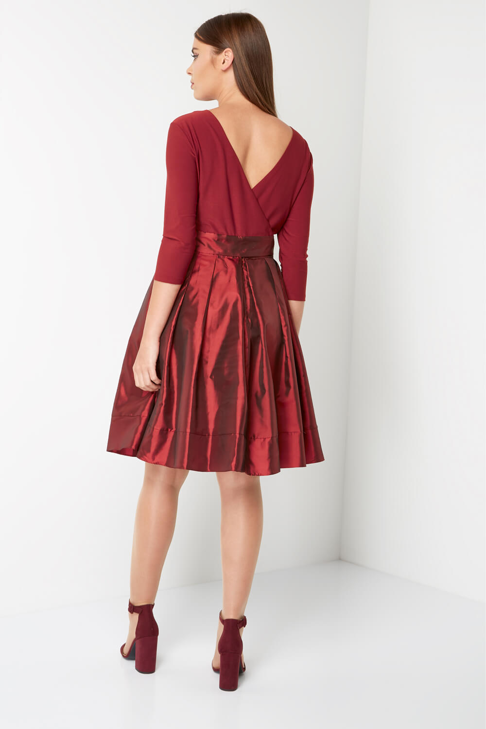 Roman-Originals-Women-039-s-Red-Fit-and-Flare-Dress-Sizes-10-20 thumbnail 9