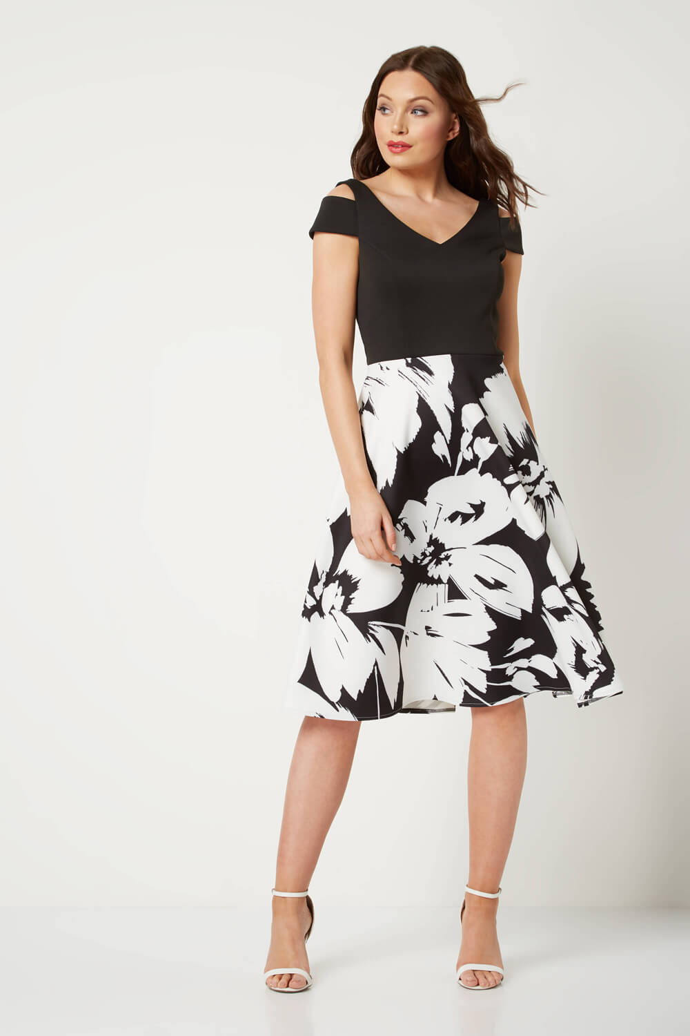Roman-Originals-Women-039-s-Fit-and-Flare-Floral-Scuba-Dress-Sizes-10-20 thumbnail 8